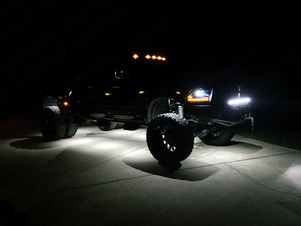 2 Mini LED Rock Lights Nox Lux